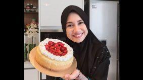Mila Jirin jual kek untuk bayar gaji pekerja