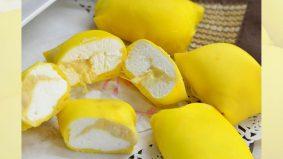 Mudahnya 'membantalkan durian crepe', kulitnya nipis gebu. Satu-satu langkah ditunjukkan