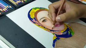 Guna pensel warna je… tapi lukisan pemuda ni memang tip top!