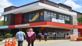 Bantu komuniti setempat, McDonald's Malaysia bayar RM1 juta tunaikan kewajipan zakat