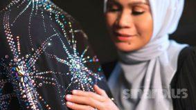 Selendang premium berharga ribuan ringgit memikat hati hijabi moden