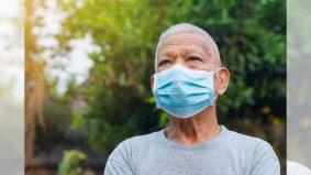 Pakai mask sebabkan warga emas susah bernafas, muka 'naik biru'? Ini yang perlu dilakukan…