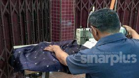 """""""Berkat doa ibu dapat pengampunan Agong, ingin buka kedai jahit"""" – bekas banduan"""