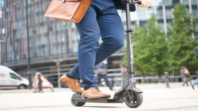 Menunggang E-Scooter perlu memiliki lesen & permit khas, ini penting apa yang pengguna perlu tahu